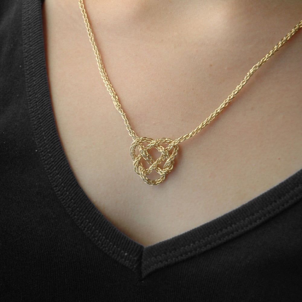 slip knot necklace tutorial